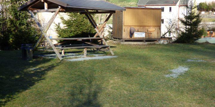 Grillplatz mit 6 -8 Grillplätzen